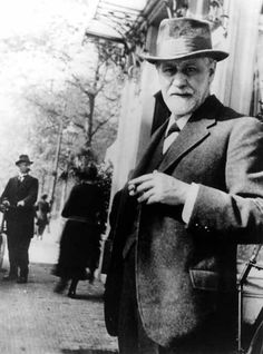 Sigmund Freud, the man behind psychoanalysis. Sigmund Freud, Dr Freud, Karl Marx, Charles Darwin, Rainer Maria Rilke, Friedrich Nietzsche, Carl Jung, Che Guevara, Religion