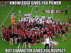 So wonderful to see two teams rally around Marcus Lattimore after he was injured.