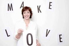 Ann-Marlene Henning ist  Neuropsychologin und Paartherapeutin - und hat für alle Probleme eine Lösung. Auch wenn sie keine sind