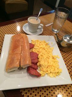 Cuban breakfast in Miami @casavana