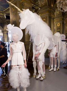 Thom Browne at Paris Fashion Week Spring 2018 - Backstage Runway Photos Haute Couture Looks, Animal Costumes, Thom Browne, Backstage, Candid, Runway, Style Inspiration, Spring, Paris Fashion