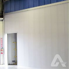 Impact resistant and easy to install, LEXAN™ THERMOCLICK™ interlocking polycarbonate panels are a great choice for interior wall applications in warehouses or industrial facilities. Polycarbonate Panels, Commercial Interiors, Interior Walls