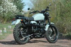 Triumph Bonneville TT Scrambler