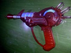 Call of Duty (World at War & Black Ops) Ray Gun Replica.
