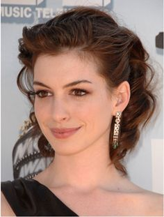 Anne Hathaway's Makeup at the 2008 MTV Movie Awards | POPSUGAR Beauty