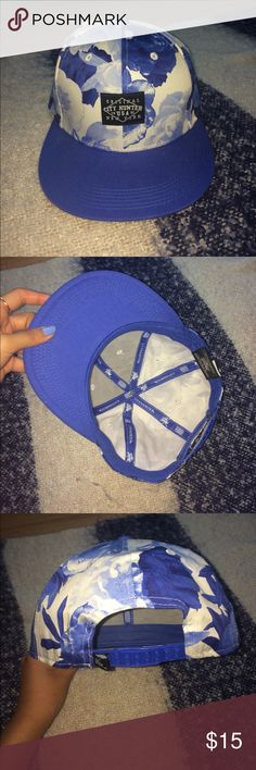 blue floral snapback never been worn, blue snapback with floral print. Accessories Hats