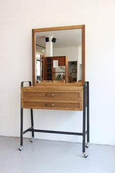 Dressing Table Inspiration, Dressing Table Design, Dresser Table, Vanity Desk, Home Decor Furniture, Studio, Loft, Woodworking, Dream Decor