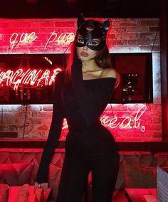 Last minute hot halloween costumes Last Minute Halloween Kostüm, Looks Halloween, Trendy Halloween, Halloween Ideas, Halloween Couples, Halloween Fashion, Halloween 2019, Funny Halloween, Last Minute Costume Ideas