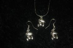 """SNOOPY PENDANT on 16"""" CHAIN and MATCHING PIERCED EARRINGS"""