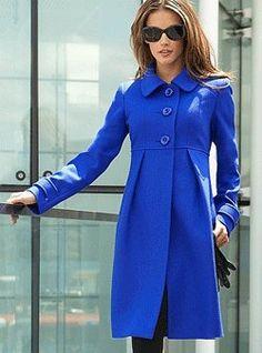 Empire line wool coat - beautiful cobalt blue! I need this coat Cute Coats, Moda Casual, Mode Inspiration, Wool Coat, Dress Me Up, Autumn Winter Fashion, Ideias Fashion, Style Me, Cute Outfits