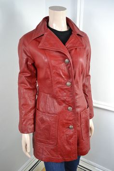 230f0c8f7c0 VINTAGE RED LEATHER WOMEN S JACKET SIZE 14 Vintage Leather Jacket