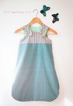 Gigoteuse de printemps ou d'été pour bébé à chouchouter : Mode Bébé par crapaud-factory
