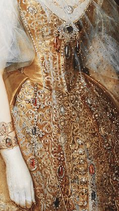 renaissance art The Makeup Brush phonelocks: gold painting details Gold Aesthetic, Princess Aesthetic, Aesthetic Painting, Classical Art, Detail Art, Historical Costume, Renaissance Art, Fashion History, Art History