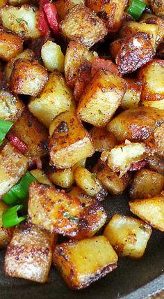 Bangin' Breakfast Potatoes – The name says it all ya'll // via Vodka and Biscuits
