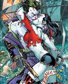 Harley and Joker Kiss <3