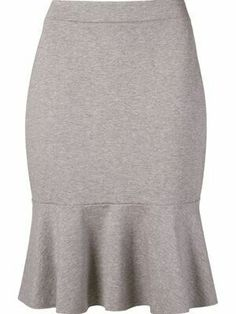 Modelos de falda para señoras #falda #modelos #modelosdeFalda African Wear, African Dress, Skirt Outfits, Dress Skirt, Business Casual Skirt, Dresses Elegant, Princess Outfits, Winter Skirt, Work Attire