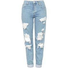 TopShop Moto Super Rip Hayden Jeans ($85) ❤ liked on Polyvore featuring jeans, pants, bottoms, calças, distressed jeans, boyfriend fit jeans, blue jeans, topshop boyfriend jeans and topshop