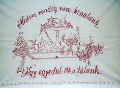 Elfeledett csodálatos tárgyaink – A falvédő! Nektek még mindig van? második oldal Embroidery Neck Designs, Wall Carpet, Hungary, Budapest, The Past, Culture, Cool Stuff, How To Make, Blog