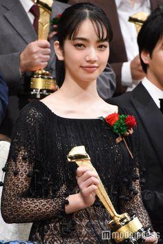 Japanese Model, Japanese Beauty, Nana Komatsu Fashion, Komatsu Nana, Celebrity Red Carpet, Most Beautiful Women, Pretty People, Black Hair, Hair Beauty