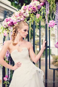 WedLuxe– Lady Lilac | Photography by: Vasia Weddings Follow @WedLuxe for more wedding inspiration!