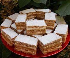 Prajitura Albinita este o prajitura delicioasa cu foi fragede ce se topesc in gura.Este una dintre cele mai bune prajituri ale copilarie... Romanian Food, Food Cakes, Cornbread, Tiramisu, Feta, Cookie Recipes, Deserts, Food And Drink, Gluten