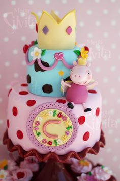 Me encanta esta tarta para una fiesta Peppa Pig, de Megasilvita / I love this Peppa Pig cake, from Megasilvita