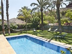 Spain - Sleeps 12-18! Alicante, Holiday Apartments, Spain, Explore, Outdoor Decor, Centre, Design, House, Beach