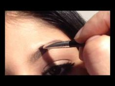 ▶ Eyebrow Tutorial - YouTube - Anastasia's Beverlyhills DIPBROW POMADE in chocolate.