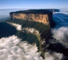 Mount Roraima, Venezuela. photo © Sonha TC.