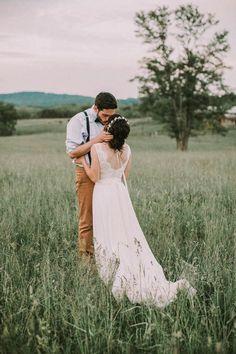 Rustic farm wedding: Aly + Troy