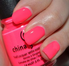 Ideas For Neon Pink Nails Summer China Glaze Neon Pink Nails, Bright Nails, Bright Pink, Bright Colors, Rainbow Nails, Coral Pink, How To Do Nails, My Nails, Uv Gel Nails