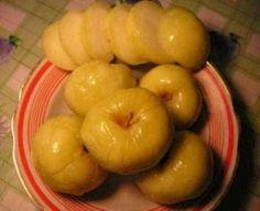 Очень простой рецепт моченыхяблокот отца Гермогена повара Даниловского монастыря. Для этого рецепта вам будут нужны только яблоки, вода, мед и соль. Через две недели можно уже будет полакомиться …
