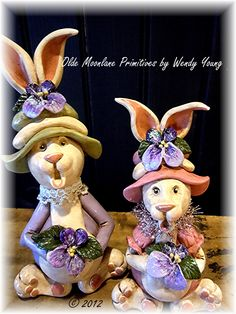 """Pansy"" and ""Violet"" Bunny gourd sisters."