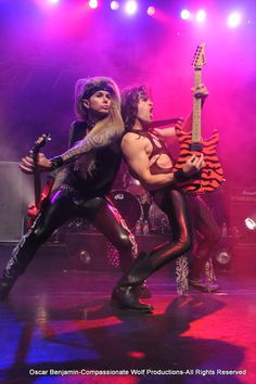Lexxy Foxx and Satchel perform together with their Kramers!