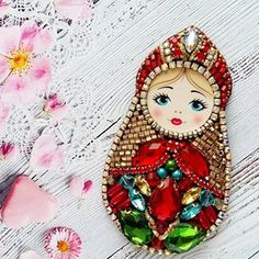 Bead Embroidery Jewelry, Ribbon Embroidery, Doll Crafts, Sewing Crafts, Soda Tab Crafts, Native Beadwork, Beaded Crafts, Matryoshka Doll, Beaded Brooch