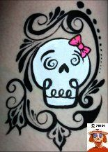 Face paint skull cheek art -- day of the dead Skull Face Paint, Face Paint Makeup, Skull Painting, Face Painting Designs, Body Painting, Face Painting Halloween Kids, Adult Face Painting, Halloween Face, Cheek Art