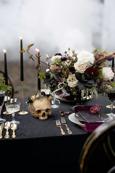 Elegance overflows at this misty Halloween ballet wedding in.- Elegance overflows at this misty Halloween ballet wedding inspiration La Tavola Fine Linen Rental: Velvet Onyx with Velvet Amethyst Napkins Wedding Themes, Our Wedding, Dream Wedding, Gothic Wedding Decorations, Black Wedding Decor, Black Weddings, Perfect Wedding, Wedding Favors, Wedding Ceremony