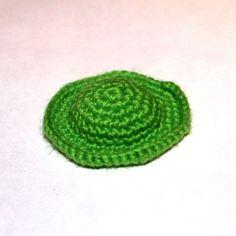 Little sunny. Diy Crochet, Crochet Crafts, Crochet Toys, Crochet Projects, Knitted Flower Pattern, Knitted Flowers, Amigurumi Patterns, Knitting Patterns Free, Crochet Patterns