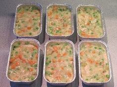Make-Ahead Mini Chicken Pot Pies from Make Ahead Meals For Busy Moms This is what they look like before you top each pie with a crust. Then freeze them and pull one out to bake each time you need it (Easy Meal To Freeze Freezer Cooking) Best Freezer Meals, Make Ahead Freezer Meals, Freezer Cooking, Quick Meals, Freezer Recipes, Best Meals To Freeze, Freezer Desserts, Freezer Chicken, Easy Recipes