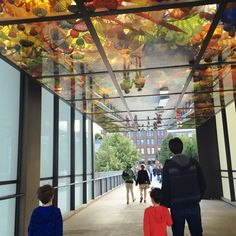 Free in Tacoma: Chihuly Glass Bridge #tacoma #seattle #familytravel