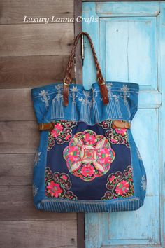Unavailable Listing on Etsy Mais Unbelievable About This Coach Site! I always keep my daily supplies on my coach bag! Tote Purse, Tote Handbags, Purses And Handbags, Coach Handbags, Hippie Bags, Boho Bags, Ethnic Bag, Cheap Coach Bags, Handmade Handbags