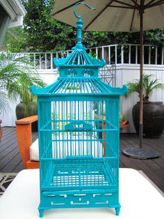 Photos by Coco of CococozyCustom painted in a glossy teal…a Chinoiserie Pagoda inspired wood bird cage. Teal Home Decor, Diy Home Decor, Pantone, Home Furnishing Stores, Wood Bird, Asian Decor, Bird Cages, Bird Feeders, Do It Yourself Home