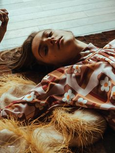 Hunger Magazine Issue 12 Phillipa Hemphrey by Paul McLean - Fashion Editorials