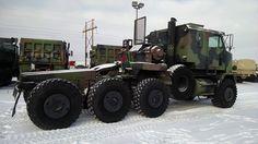 M1070 8×8 Military HET Truck | Oshkosh Equipment Sales, LLC