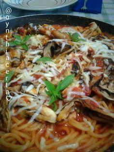 Pasta: Ca' Norma.Ricetta Siciliana.  Sugo di pomodoro, melanzane, ricotta a scaglie e basilico.  @cynthiacerta♡