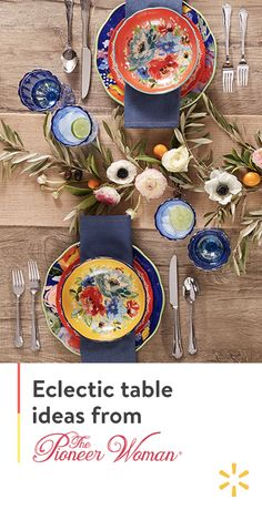 Set the table with color and an extra dose of personality Shop The Pioneer Woman available at and refresh your table with farmhouse floral inspired place settings Interior Design Living Room, Living Room Decor, Tables Tableaux, Pioneer Woman Kitchen, Building A Kitchen, Table Settings, Place Settings, Interior Paint Colors, Dinnerware