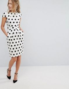 Buy Closet Polka Dot Cap Sleeve Midi Dress at ASOS. Get the latest trends with ASOS now. Midi Dress With Sleeves, Short Sleeve Dresses, Casual Dresses For Women, Dresses For Work, Petite Outfits, Colorblock Dress, Fashion Tips For Women, Work Attire, Mode Inspiration