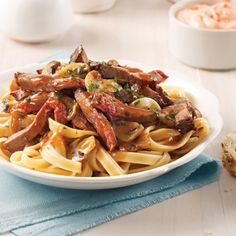 Fettucines Stroganoff Pasta, Easy Meals, Easy Recipes, Spaghetti, Good Food, Favorite Recipes, Ethnic Recipes, Cake, Ideas
