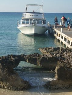 Boarding the day boat for 3 dives in the Cayman Islands