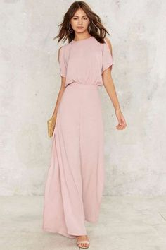 Chic blush jumpsuit for a spring or summer wedding Wedding Outfits For Women, Summer Wedding Outfits, Wedding Dresses, Trendy Wedding, Jumpsuit Dressy, Jumpsuit Outfit, Pink Jumpsuit, Dressy Jumpsuit Wedding, Cream Jumpsuit